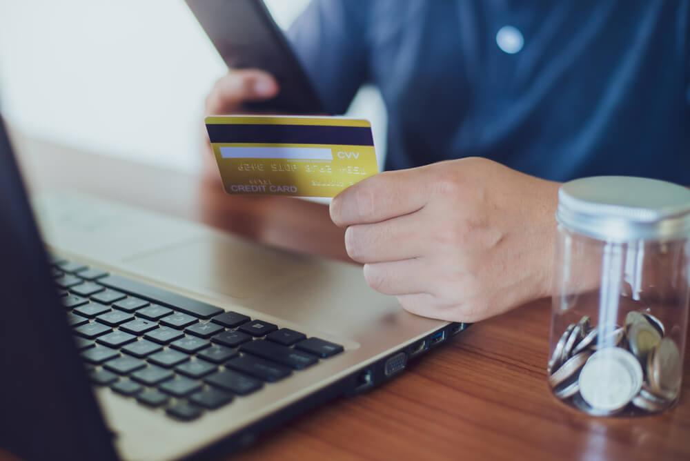 【悪質クレジットカード現金化】絶対に利用してはいけない業者紹介
